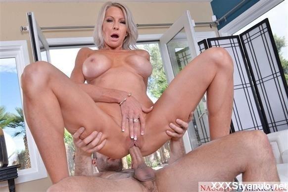 tiny brunette porn