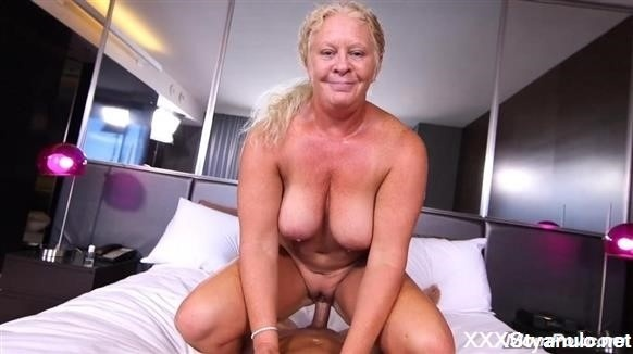 Lila - Curvy Blonde Natural Milf [SD]
