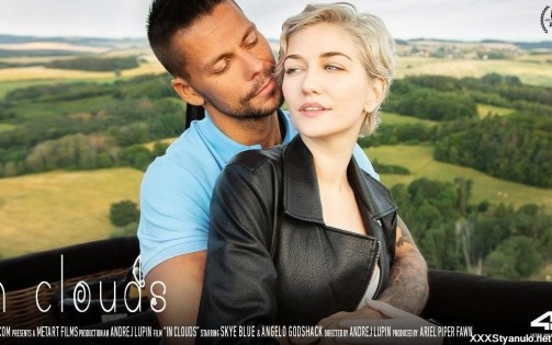 Skye Blue, Angelo Godshack - In Clouds [FullHD]