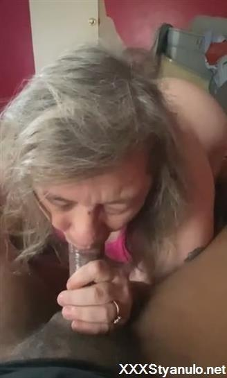Mature Hot Mom Young Guy