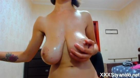 Titts oiled HQ BOOBS