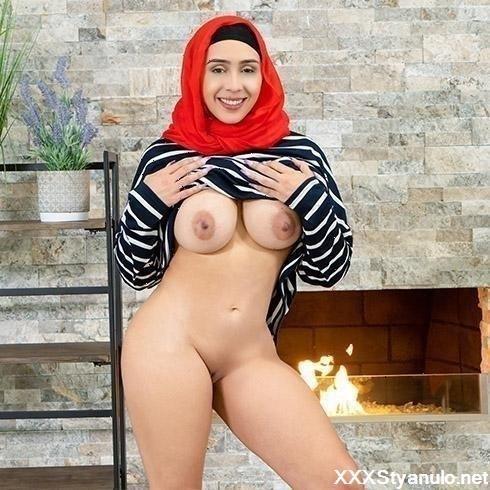 Free porn hijab